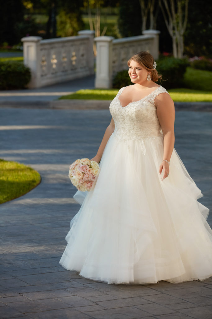 Stella York - model 6501 Every Body Every Bride
