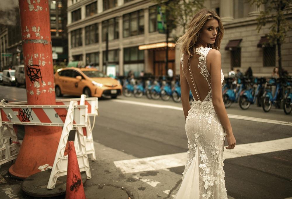 suknia: Berta Bridal